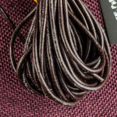Шнур круглая кожа. Коричневый кожаный шнур 1 мм