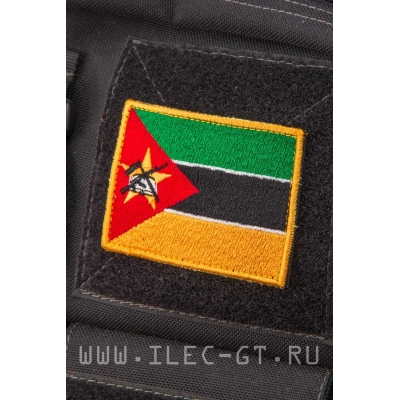 Нашивка на липучке, флаг Мозамбика 5,2х7,3 см.